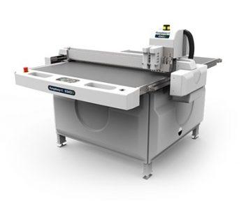 Kongsberg i-XE10 flatbed cutter