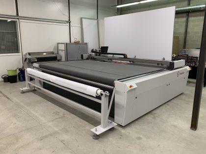 1600 x 2500mm hasler flatbed cutter